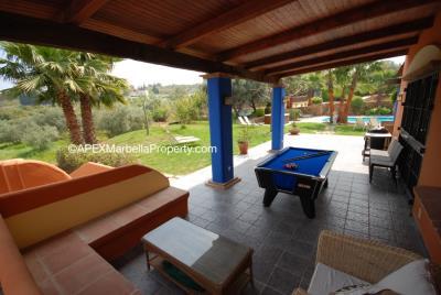 maroc-Pool-Table-lounge-area-copy