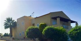 Image No.15-Maison de ville de 1 chambre à vendre à Skaleta