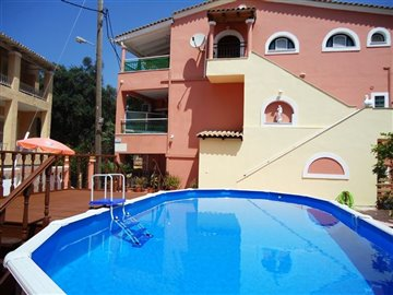 Photo 1 - Hotel 335 m² in Ionian islands
