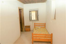 Image No.9-4 Bed Property for sale