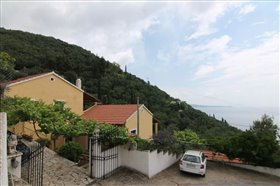 Image No.0-7 Bed Hotel for sale