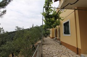 Image No.11-7 Bed Hotel for sale