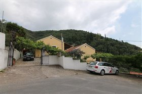 Image No.1-7 Bed Hotel for sale