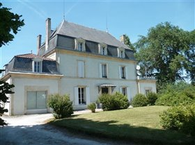 Image No.3-12 Bed Chateaux for sale