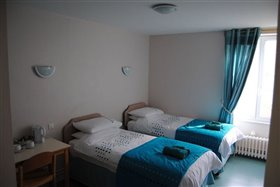 Image No.4-8 Bed Commercial for sale