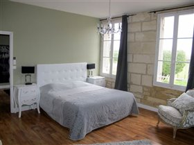 Image No.14-10 Bed Property for sale