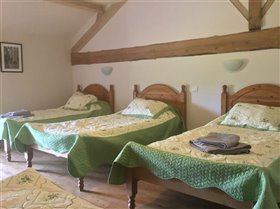 Image No.9-10 Bed Property for sale