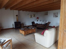 Image No.5-10 Bed Property for sale