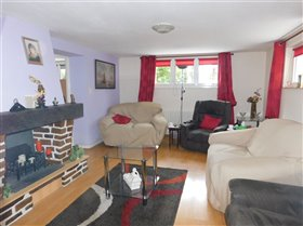 Image No.6-3 Bed Property for sale