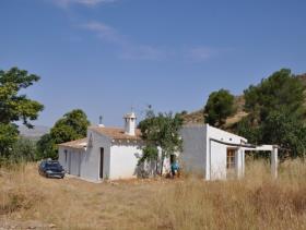 Yecla, Country House