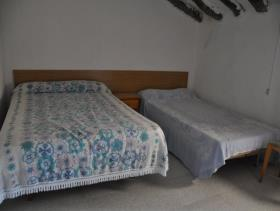 Image No.16-4 Bed Village House for sale