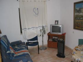 Image No.1-3 Bed Flat for sale