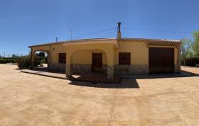 Pinoso, Villa / Detached