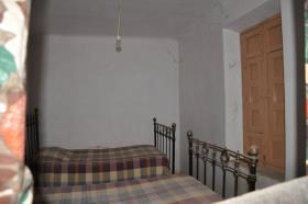 Image No.10-Maison de campagne de 5 chambres à vendre à Yecla