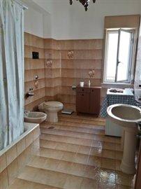 6-Bathroom-1