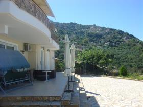 Image No.1-Villa de 4 chambres à vendre à Kalamata