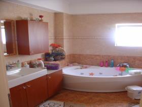 Image No.24-Villa de 4 chambres à vendre à Kalamata