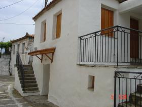 Image No.0-Maison de 3 chambres à vendre à Messinia