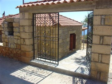2-681 eliochori, 70 m2 house & 600m2 plot neochori, birbylis ho  . 052