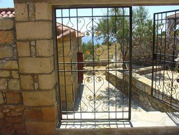 3-681 eliochori, 70 m2 house & 600m2 plot neochori, birbylis ho  . 053