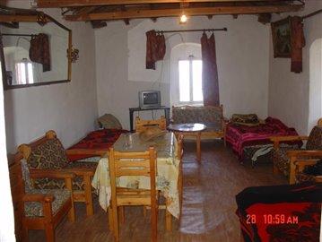 6-Houses in Ag Nikos. Inner Mani 031