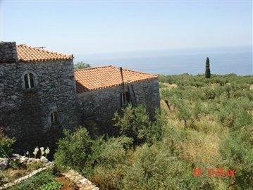 12-Houses in Ag Nikos. Inner Mani 081