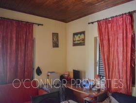 Image No.2-Bungalow de 2 chambres à vendre à Kalamata
