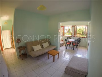 Delightful-3-double-bedroom-house-with-2-self-contained-apartments-and-swimming-pool--860---32-