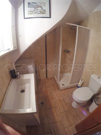 Delightful-3-double-bedroom-house-with-2-self-contained-apartments-and-swimming-pool--860---36-