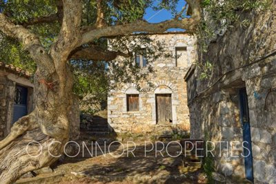 2-bed--traditional-old-stone-house-located-in-scenic-area--849---5-of-8-