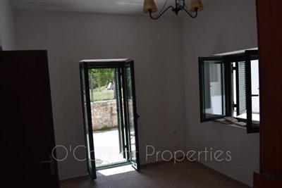 On-offer-3-bed-detached-house-located-in-picturesque-seaside-town--856-10