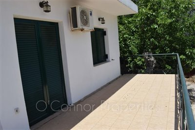On-offer-3-bed-detached-house-located-in-picturesque-seaside-town--856-13
