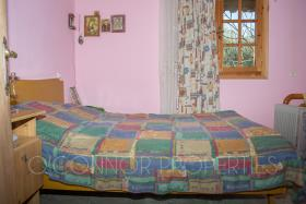 Image No.15-2 Bed Country House for sale