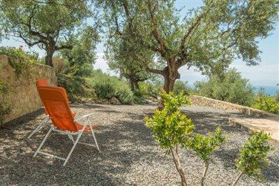 Modern-3-bed-3-bath-villa-set-in-1100-m2-of-plot---only-a-15-min-walk-to-Sandova-beach--890---7-