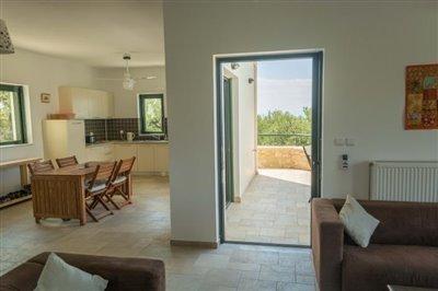 Modern-3-bed-3-bath-villa-set-in-1100-m2-of-plot---only-a-15-min-walk-to-Sandova-beach--890---10-