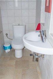 Modern-3-bed-3-bath-villa-set-in-1100-m2-of-plot---only-a-15-min-walk-to-Sandova-beach--890---16-