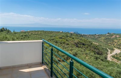 Modern-3-bed-3-bath-villa-set-in-1100-m2-of-plot---only-a-15-min-walk-to-Sandova-beach--890---21-