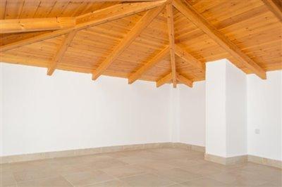 Modern-3-bed-3-bath-villa-set-in-1100-m2-of-plot---only-a-15-min-walk-to-Sandova-beach--890---23-