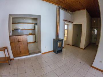 Real-Estate-549--10-