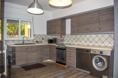 Real-Estate-943--19-