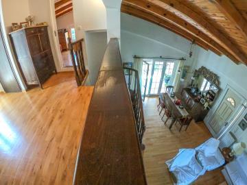 Real-Estate-943--25-