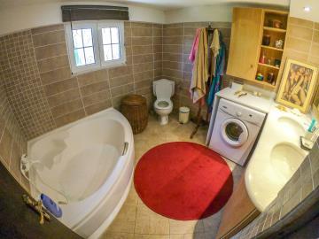 Real-Estate-943--32-