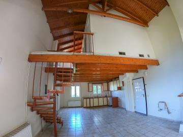 Real-Estate-942--18-