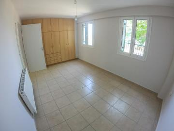 Real-Estate-942--22-