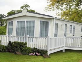1. 2 Bed Mobile Home for sale
