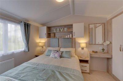 skye-master-bedroom
