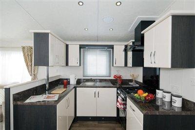 THORNBURY-caravan-kitchen