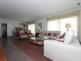 Image No.11-5 Bed Villa for sale