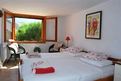 22-Cascada annex bedroom