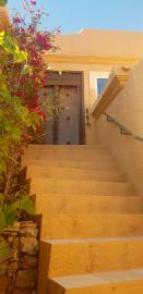 4---Lamu---Front-Door
